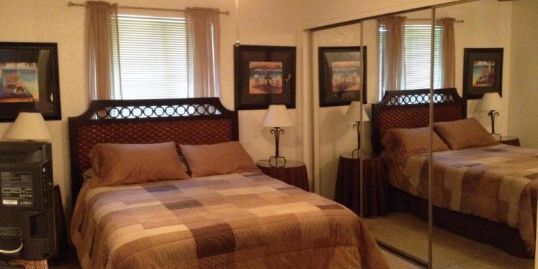 05-Master bedroom