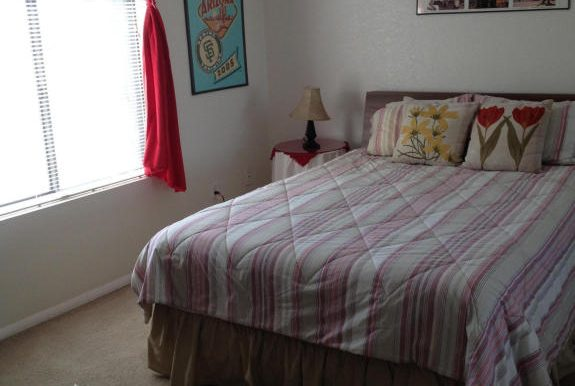 06-Guest bedroom