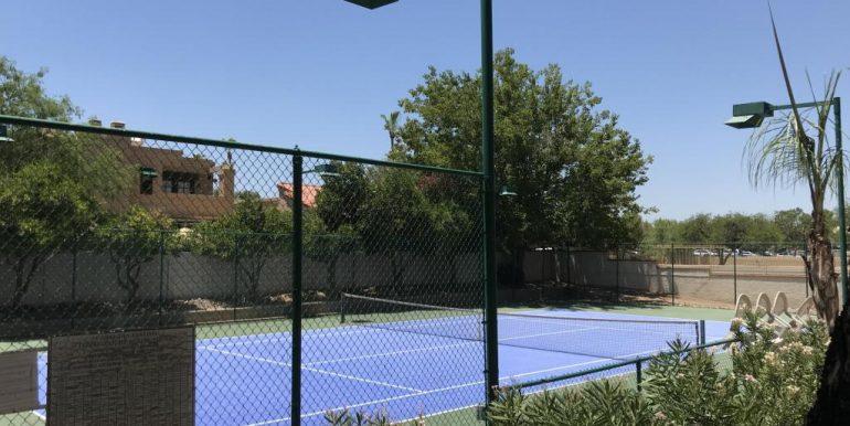 08-tennis court