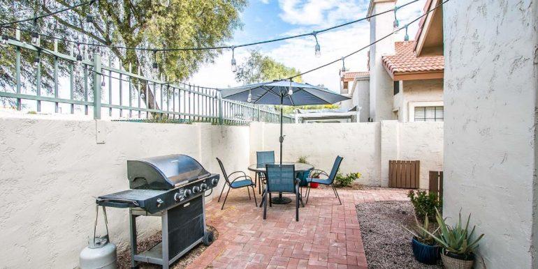 24-back patio