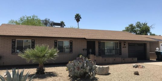 Furnished 3 bedroom 2 bathroom home, eat-in kitchen, AZ room